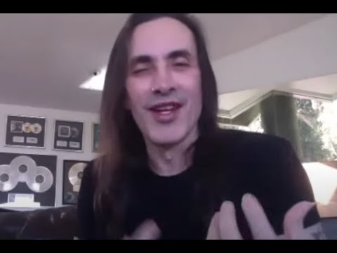 Extreme's Nuno Bettencourt gives update on new album and more interview posted!
