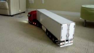 Tamiya RC Tractor Truck - Wireless Trailer Light: 1
