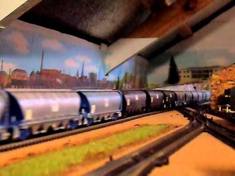 My Model Trains – Quad Alco Grain Train