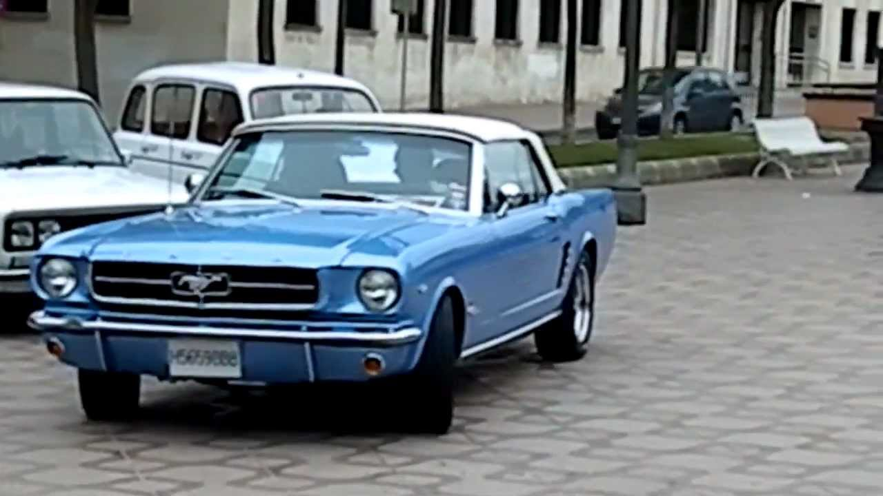 S Ford Mustang Leaving Classic Cars Meeting In Tarragona Youtube