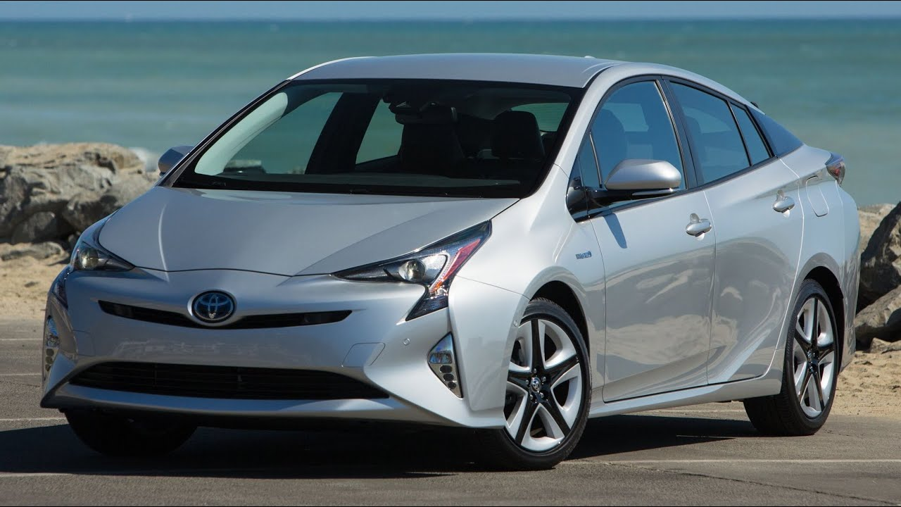 2016/2017 Toyota Prius IV Touring - In Depth Road Trip ...