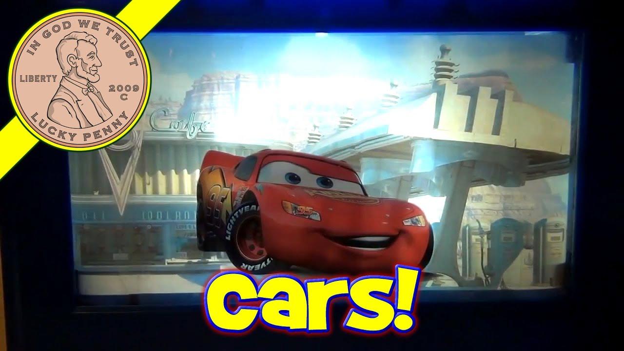 Disney Cars Lightening McQueen Scrolling Night Light - YouTube