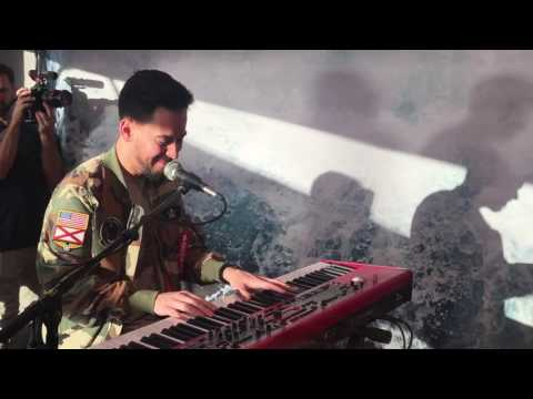 Linkin Park - Battle Symphony (Piano Version) 03.04.17 - Hamburg, Mercedes me Store