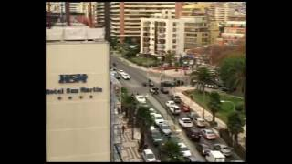 Man Films Moment Chile Earthquake Violently Shakes Vina del Mar Building thumbnail