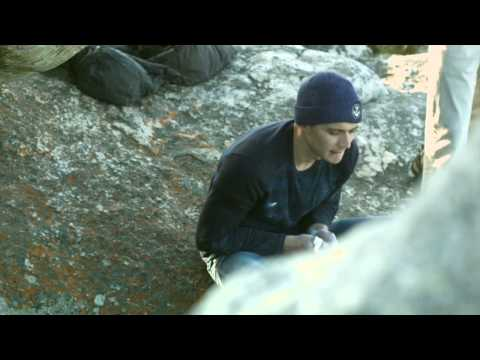 Bouldering in Cape Town with Rowan Toselli - Pursuit of Happiness 8B