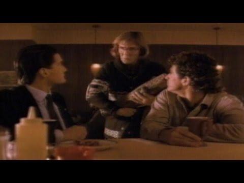 1990: 'Twin Peaks' Premieres #TBT