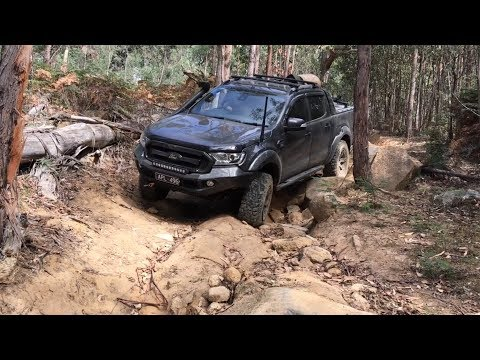 Ford Ranger & Hilux 4x4 | Technical Descent @ Cobaw | Part 1