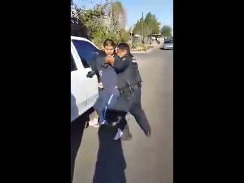 Policías intentan detener a un Cholo por robar pero su barrio lo respalda y se les escapa