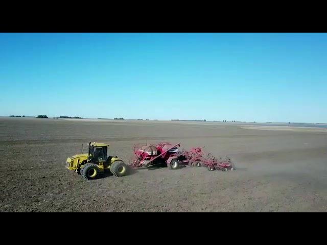 Sembradora Monumental Air  Drill, granos finos y gruesos, zona Carhue - Guamini, TRACTOR PAUNY.
