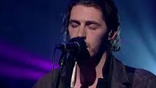 Video Hozier Performs Take Me To Church - Grammys 2015 download MP3, 3GP, MP4, WEBM, AVI, FLV Juli 2018