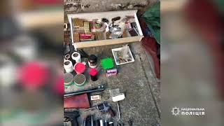 В Днепре у местного жителя обнаружили целый арсенал оружия