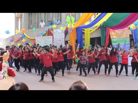 Flash Mob at StuC | Epsilon 2K17 | DCSA, Panjab University