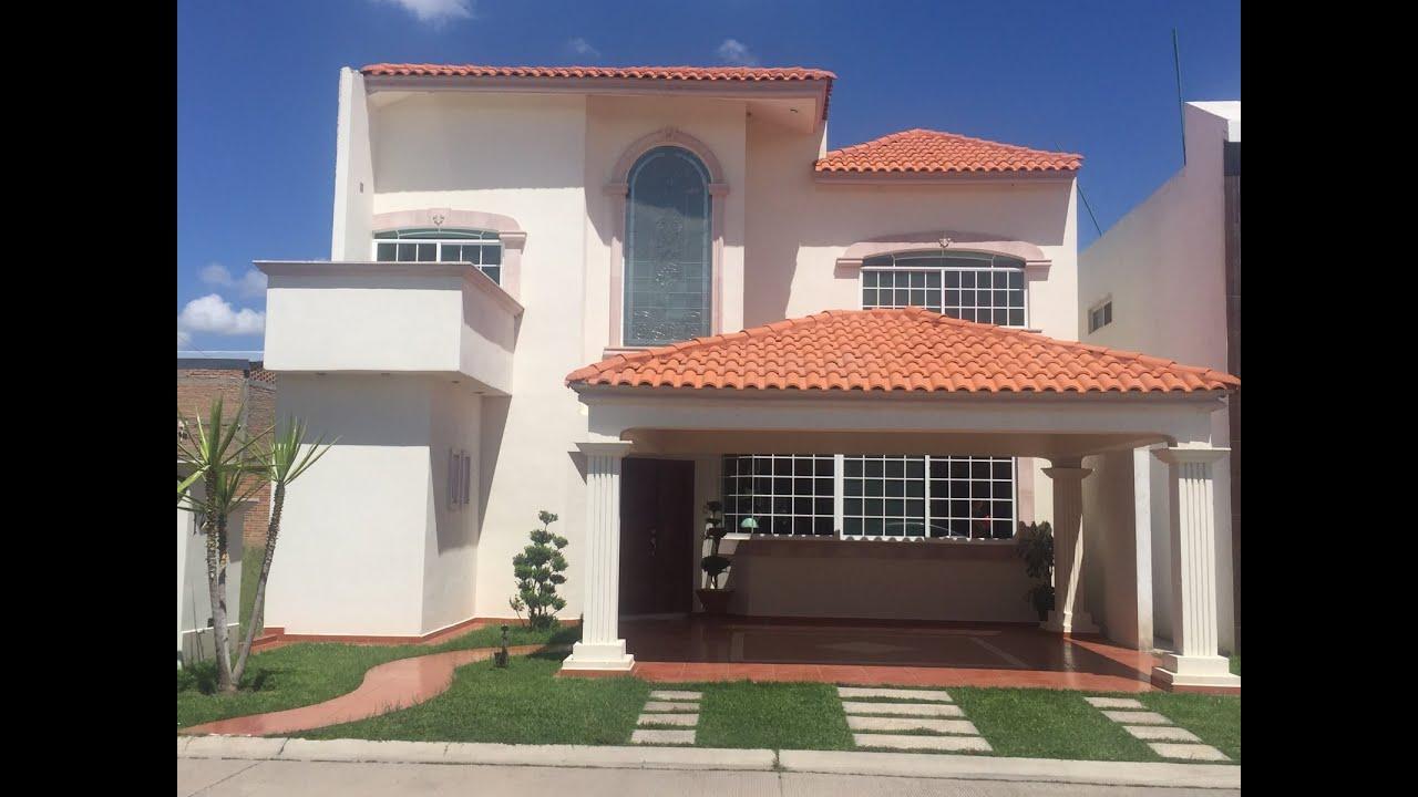 Bonitas fachadas de casas residenciales for Fachadas de casas modernas en honduras