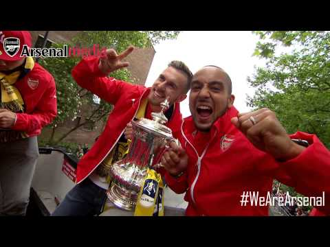 FA Cup parade: Arsenal on the bus