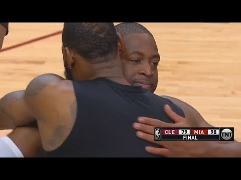 LeBron James Hugs Dwyane Wade and Both Exchange Words After Cavaliers Lose to Heat!