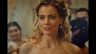 Подробности жизни актрисы сыгравшей Золушку в клипе Артура Пирожкова «Зацепила»