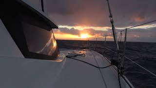 68 - Sailing to Fiji with No Mainsail