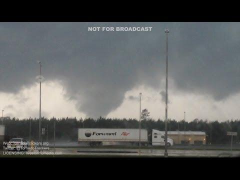 Tornado near Jacksonville, FL 6/5/16