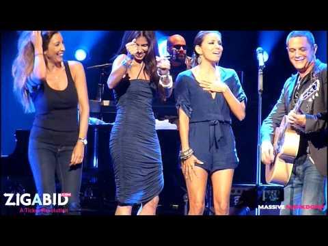 Alejandro Sanz - Looking For Paradise - Live w/Eva Longoria, Roselyn Sanchez, & Maria B.