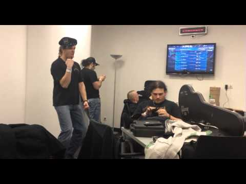 nulldB - Harlem Shake - Backstage in der o2 World Berlin