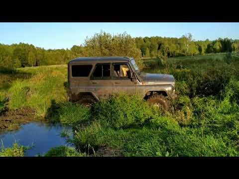 УАЗ Хантер и УАЗ 469. Тест по старому болоту.
