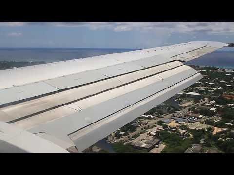 Cayman Airways Landing in Grand Cayman (MWCR)