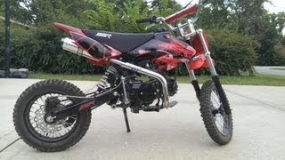 2013 SSR 125cc Pit Bike Review and Fly By