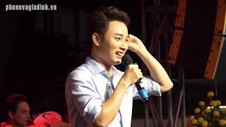 Trúc Nhân gặp sự cố liên tục khi hát ở Sài Gòn Tân Thời nhưng vẫn hết sức cute!