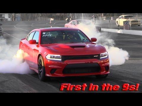 Light Modifications Turn This Dodge Charger Hellcat Into a 900 HP Tornado