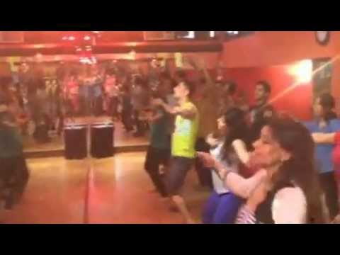 Chikni Chameli Bollywood workout - 2
