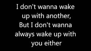 Pink - leave me alone I'm lonely lyrics HD