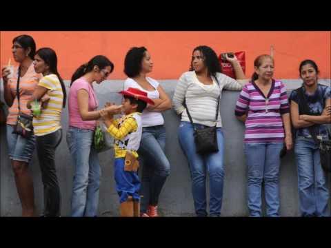 Venezuela Economic Collapse -  Food Shortages, Looting And Economic Crisis 2017