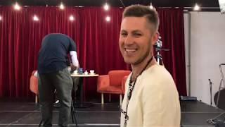 Новости шоу бизнеса. Секс-символ проекта «Песни» на ТНТ снялась в «Леджер Шоу»
