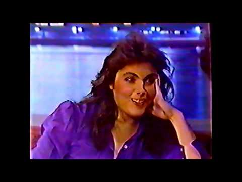 Laura Branigan - Interview [cc] - Nightwatch (1983)