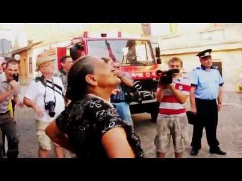 MIKA ROMANIKA - SOAREC, ZIS SI OMUL PAIANGAN, ALIAS MUCEA.uitativa la acest videoclip