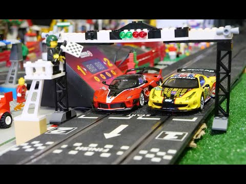 FERRARI  FINAL RACE – Carrera slot circuit in the Lego city