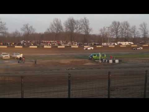 Modifieds Hot Laps  Fayette County Speedway