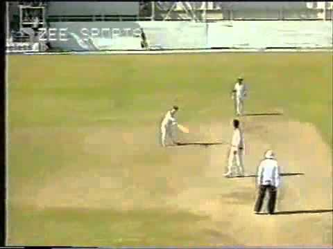 Funniest  six  in international cricket