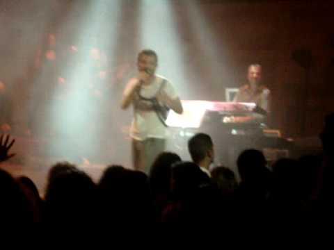 Kenan Dogulu - Yüzsüz yürek (Live @...
