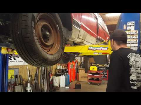 Download Youtube: Joshington and the Farmtruck weight reduction plan!