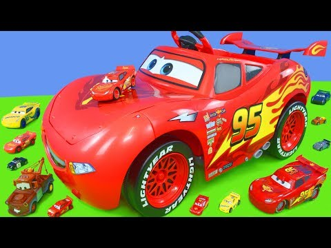 Disney Cars Unboxing: Lightning McQueen Battery Powered Ride on Toy Vehicles for Kids