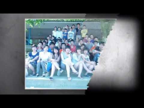 Family 12A1 AoVua2011 - Truong THPT Ke Sat