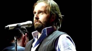 "Alfie Boe ""Tell me it"