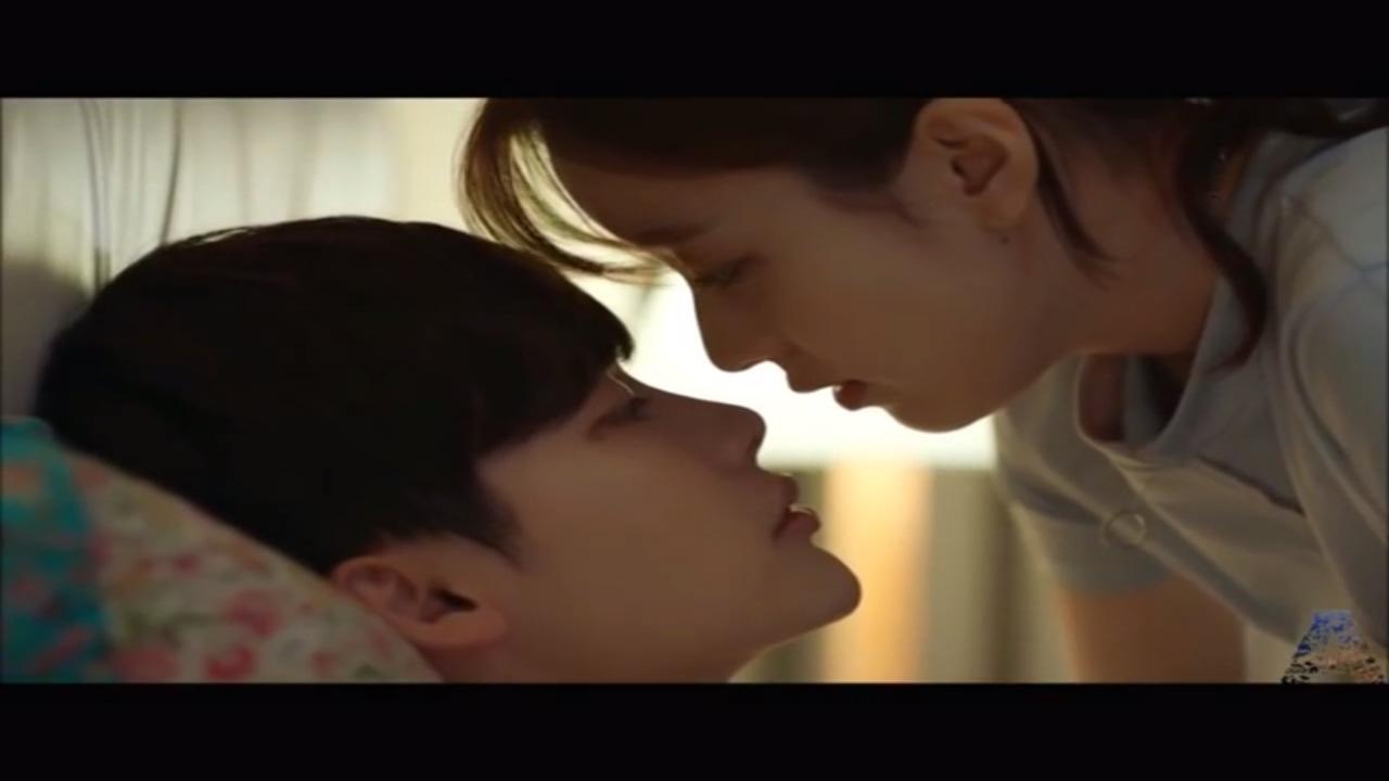 Neha Kakkar -- Heart Touching Song -- W-Two Worlds -- Korean Video Mix by  Broken IShq