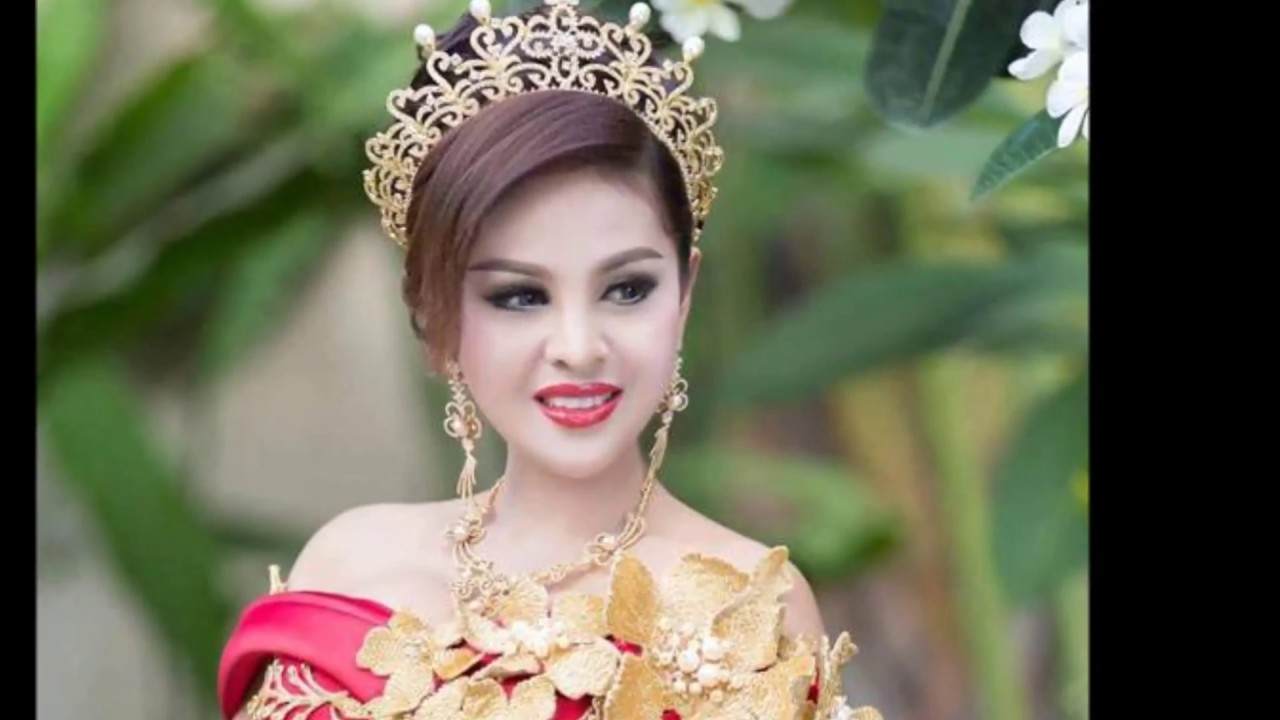 Too sexy actress in Cambodia was forbidden to act in films 12