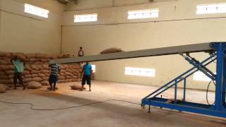 Warehouse Loading & Unloading Conveyor