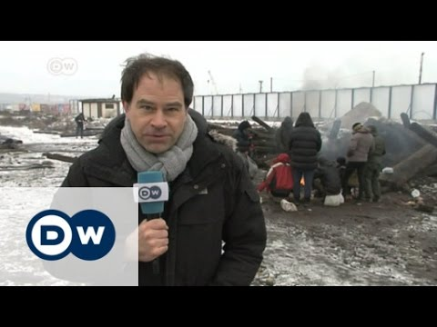 Refugees stuck in improvised camp in Serbia | DW News
