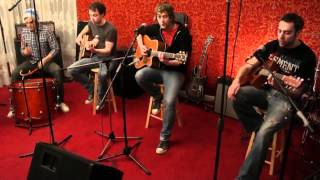 Dirty Red Shoes - Break the Wall acoustic live.avi