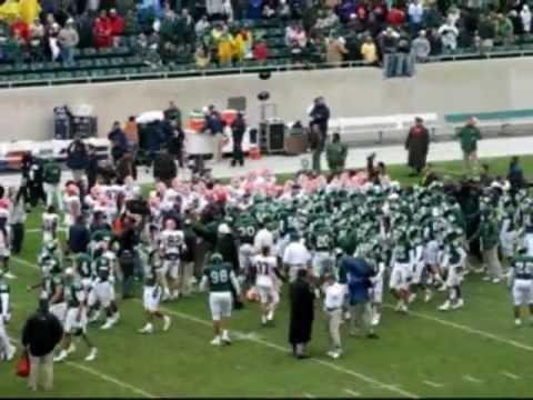 (2006) Illinois plants flag at Spartan Stadium