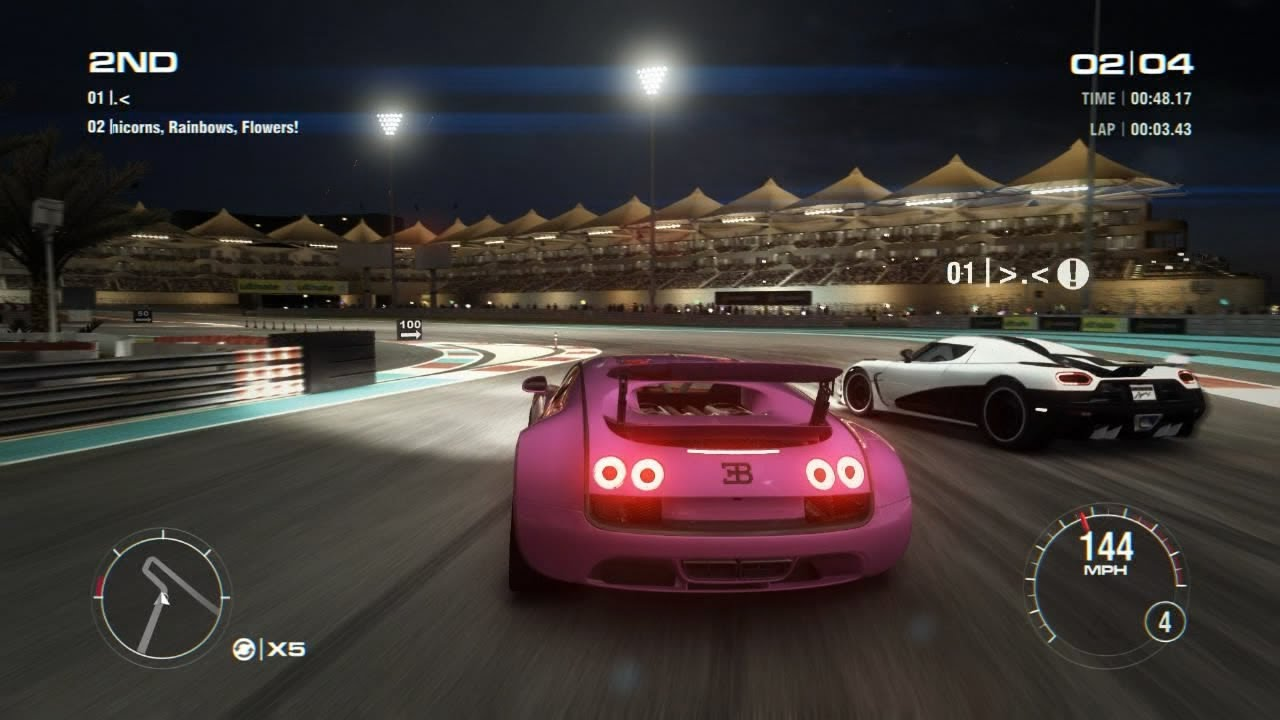 grid 2 multiplayer duel tier 4 bugatti veyron 16 4 supersport vs koenigsegg agera r yas. Black Bedroom Furniture Sets. Home Design Ideas